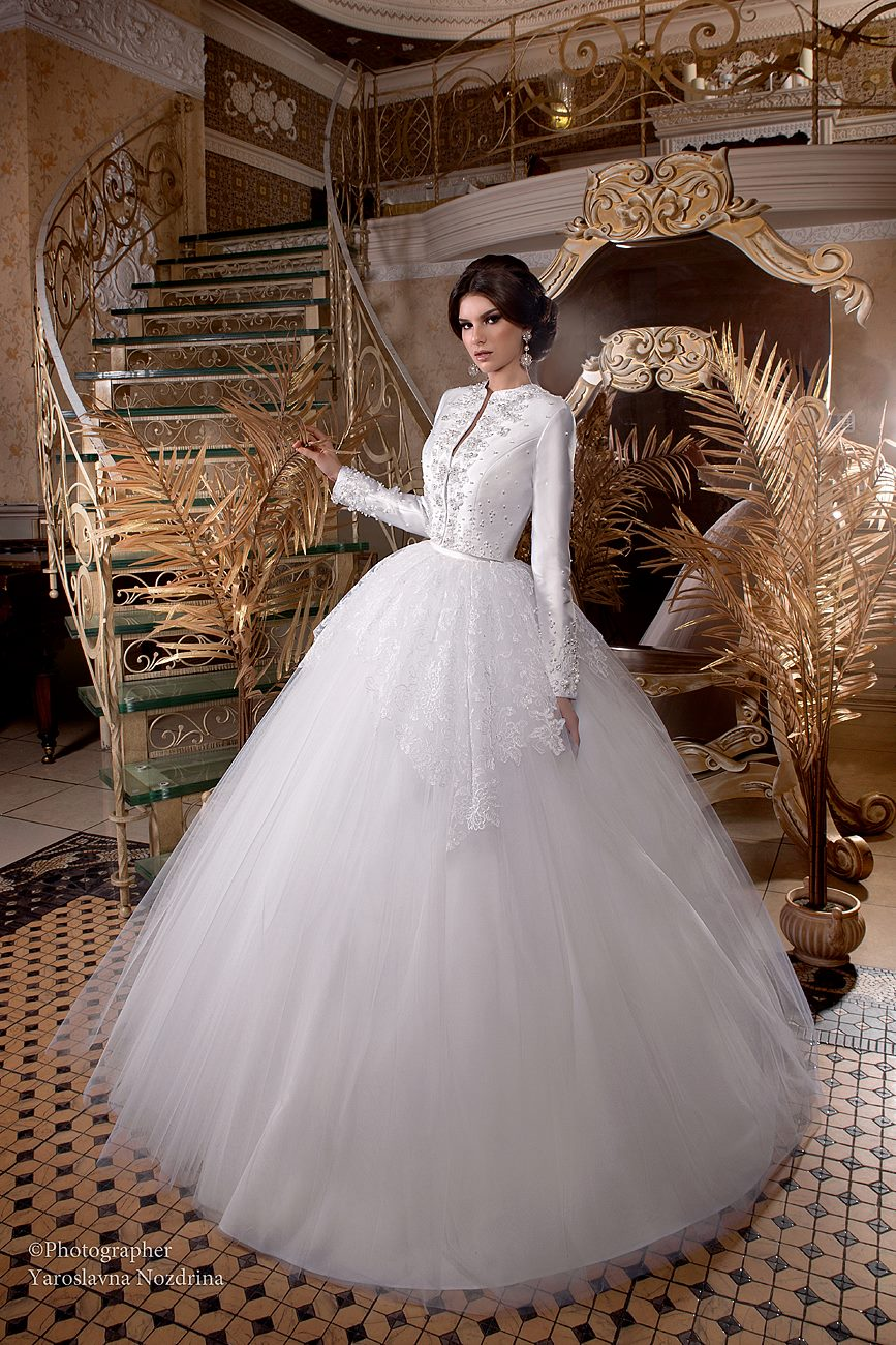 DANAYA wedding dress by TATIANA KAPLUN