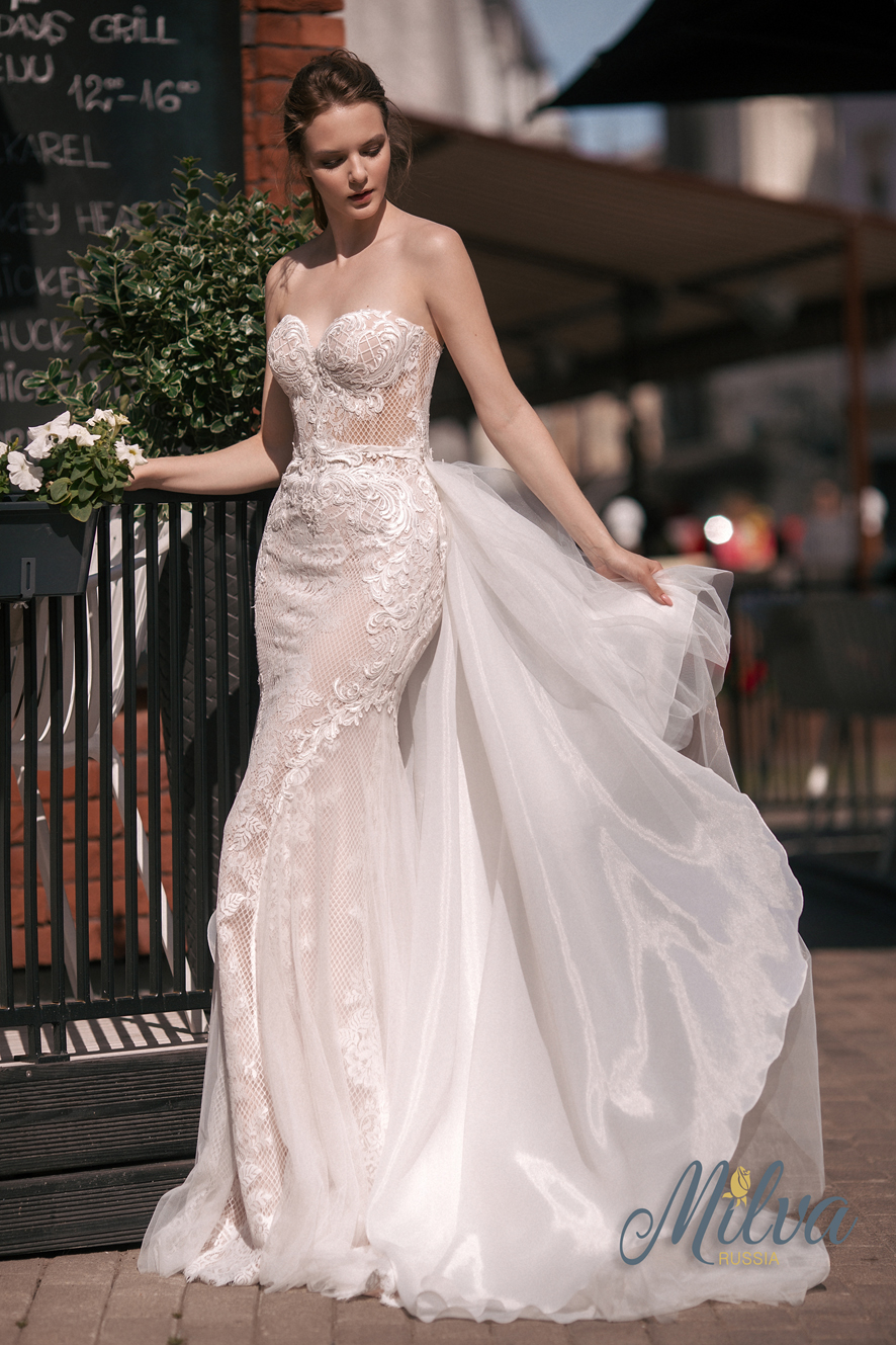 AMATA-2 wedding dress by MILVA