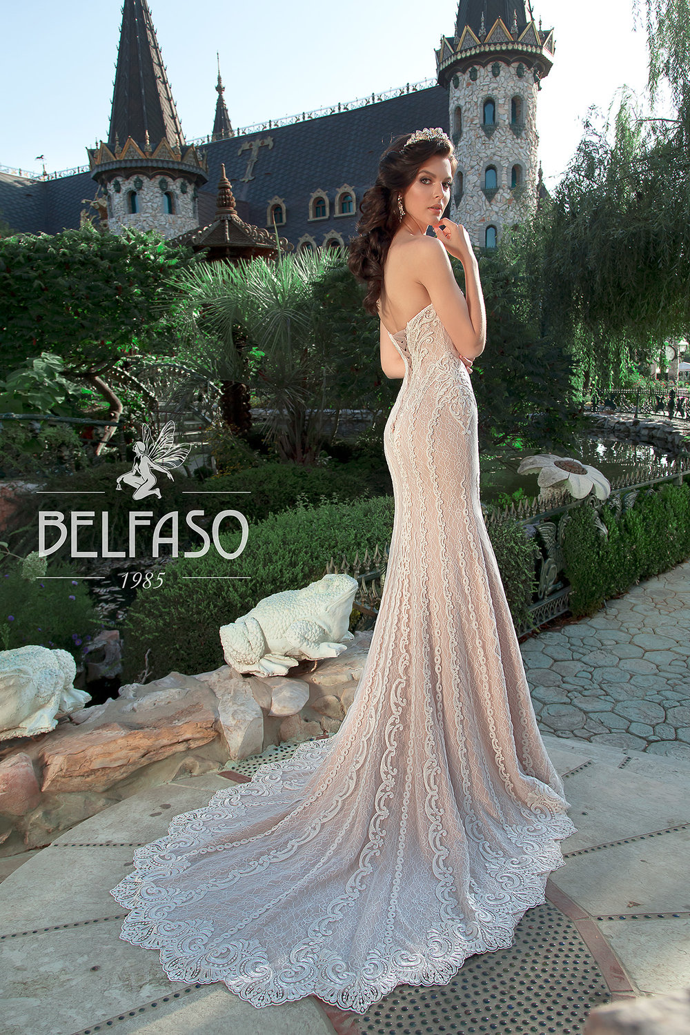 LINDSI wedding dress by BELFASO