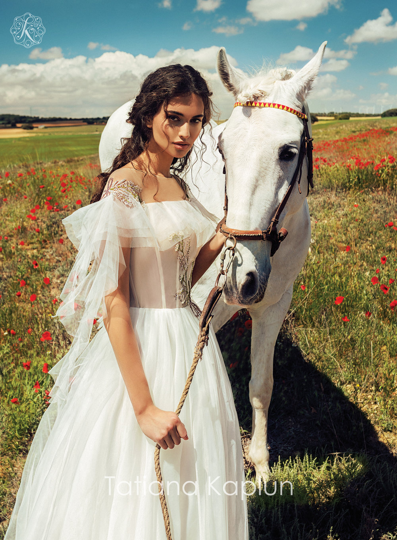 ELISABETH wedding dress by Tatiana Kaplun