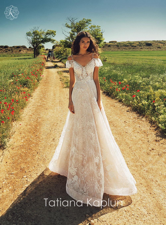 ARISEL wedding dress by Tatiana Kaplun