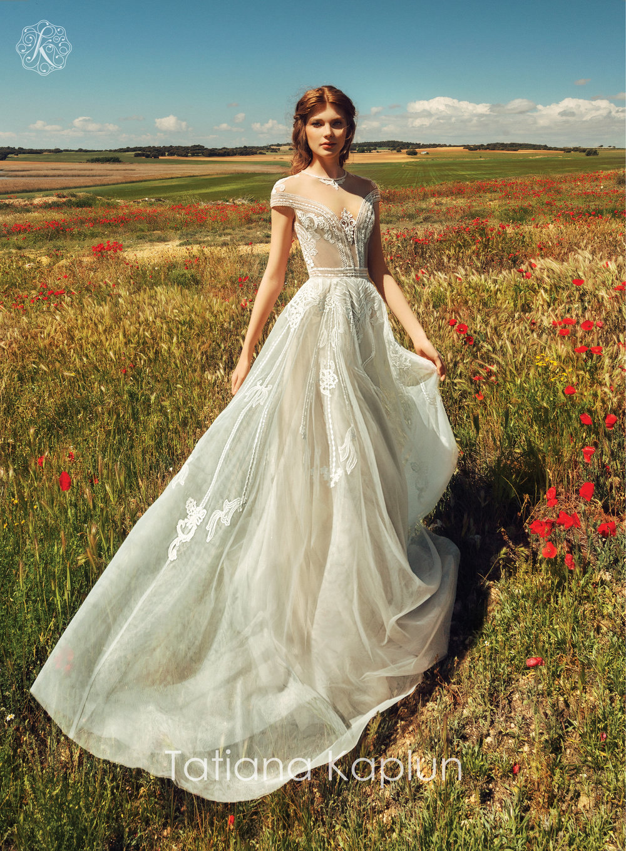 DJANIN wedding dress by Tatiana Kaplun