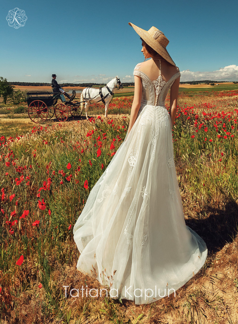 DJANIN wedding dress by Tatiana Kaplun