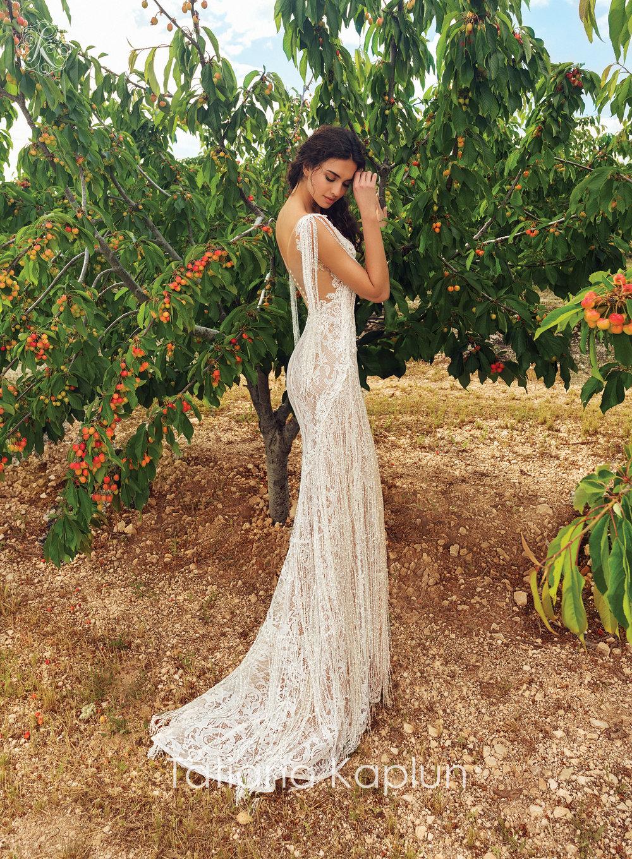 LOREIN wedding dress by Tatiana Kaplun