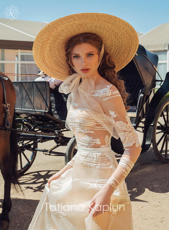 PATRIS wedding dress by Tatiana Kaplun