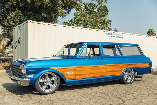 Here's another shot of that awesome custom woody wagon.