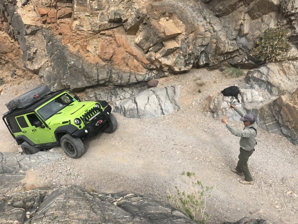 Guiding_Jeep7175.jpg