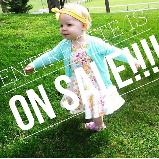 Our entire site is on sale!!!!! Headbands, burp cloths and bandana bibs!! Everything is $4 or less 😮❤️👏🏼👏🏼