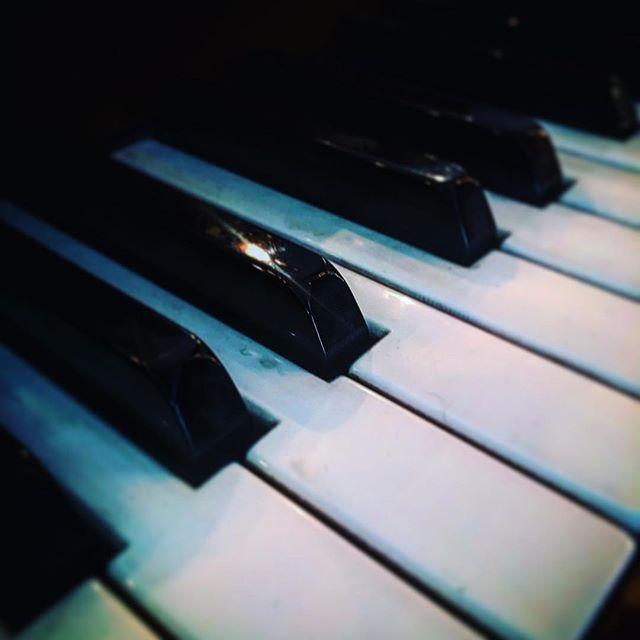 Battered old #piano keys