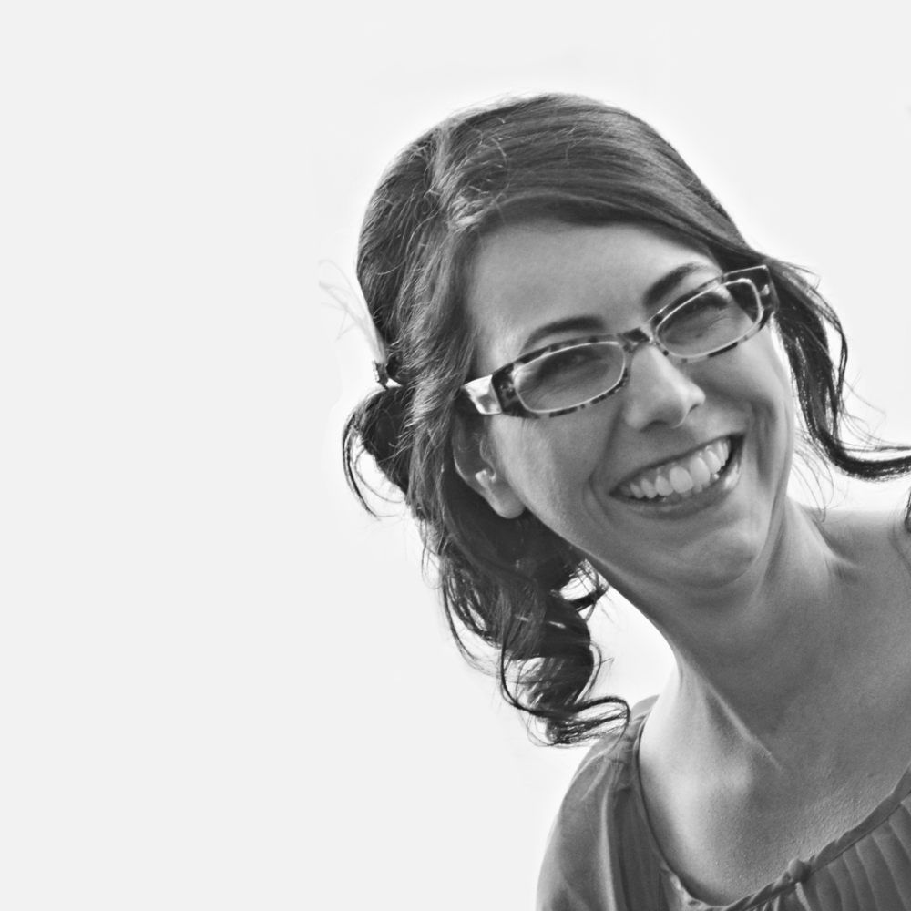 Custom jewelry designer, Sara Pocius