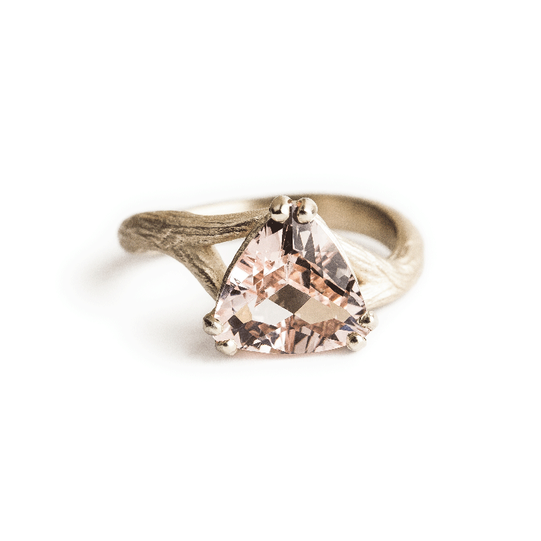 Morganite_Ring_B.png
