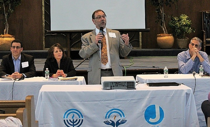Ravski at Jewish Federation town hall on Wednesday night.
