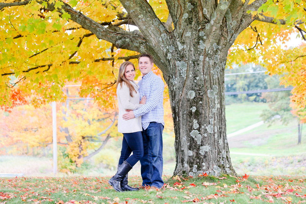 Renee & Owen - Engaged -9.jpg