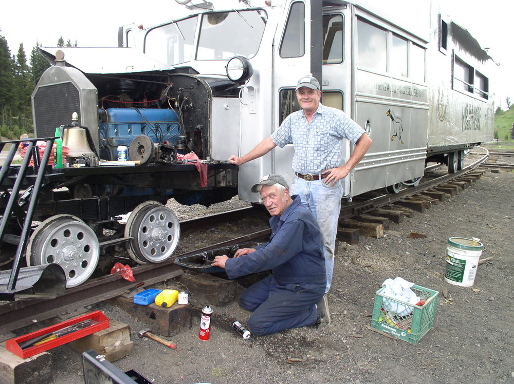Replacing the compressor on top of Cumbres Pass (Ed and Larry) - July 8, 2008