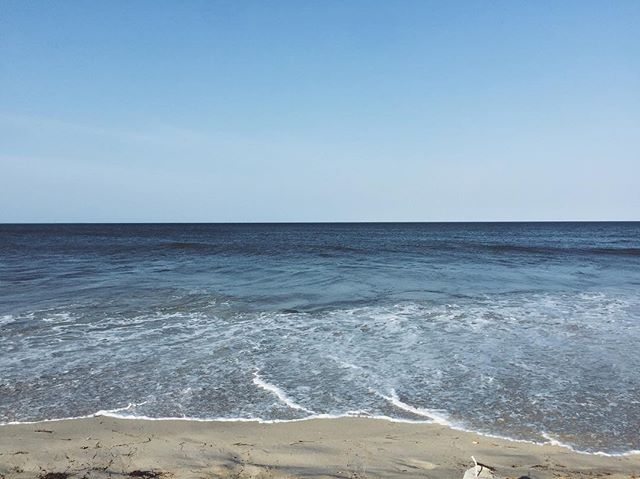 Bye beautiful. Until another time, soon. (Time to get to work 👊) . . . . #beach #ocean #water #blue #beachlife #contrast #pretty #natural #sand #obx #set #up #summer #peace #love #art #artsy #vscocam #vsco #vscogood #afterlight #frame