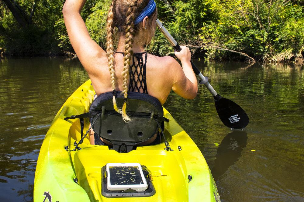 Kayak2NoLogo.jpg