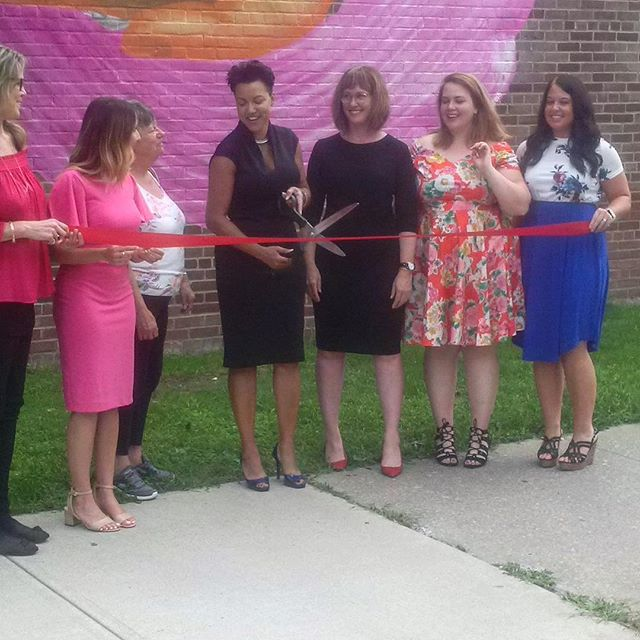 So glad Michele was as excited as I was about the giant ceremonial scissors. This photo is blurry because my dear father still owns a blackberry 😑 #ribboncutting #giantscissors #womengetshitdone #publicart #communityart