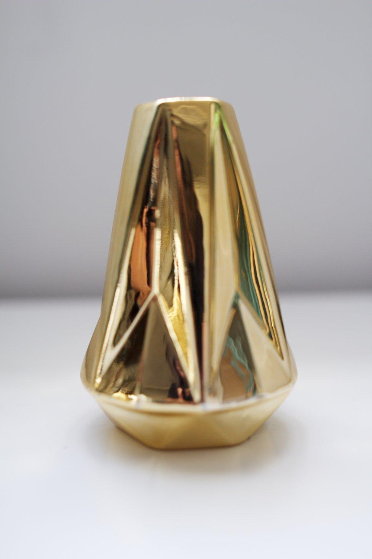 avideas-inventory-vessels-golddiamondporcelain-TALL1.jpeg