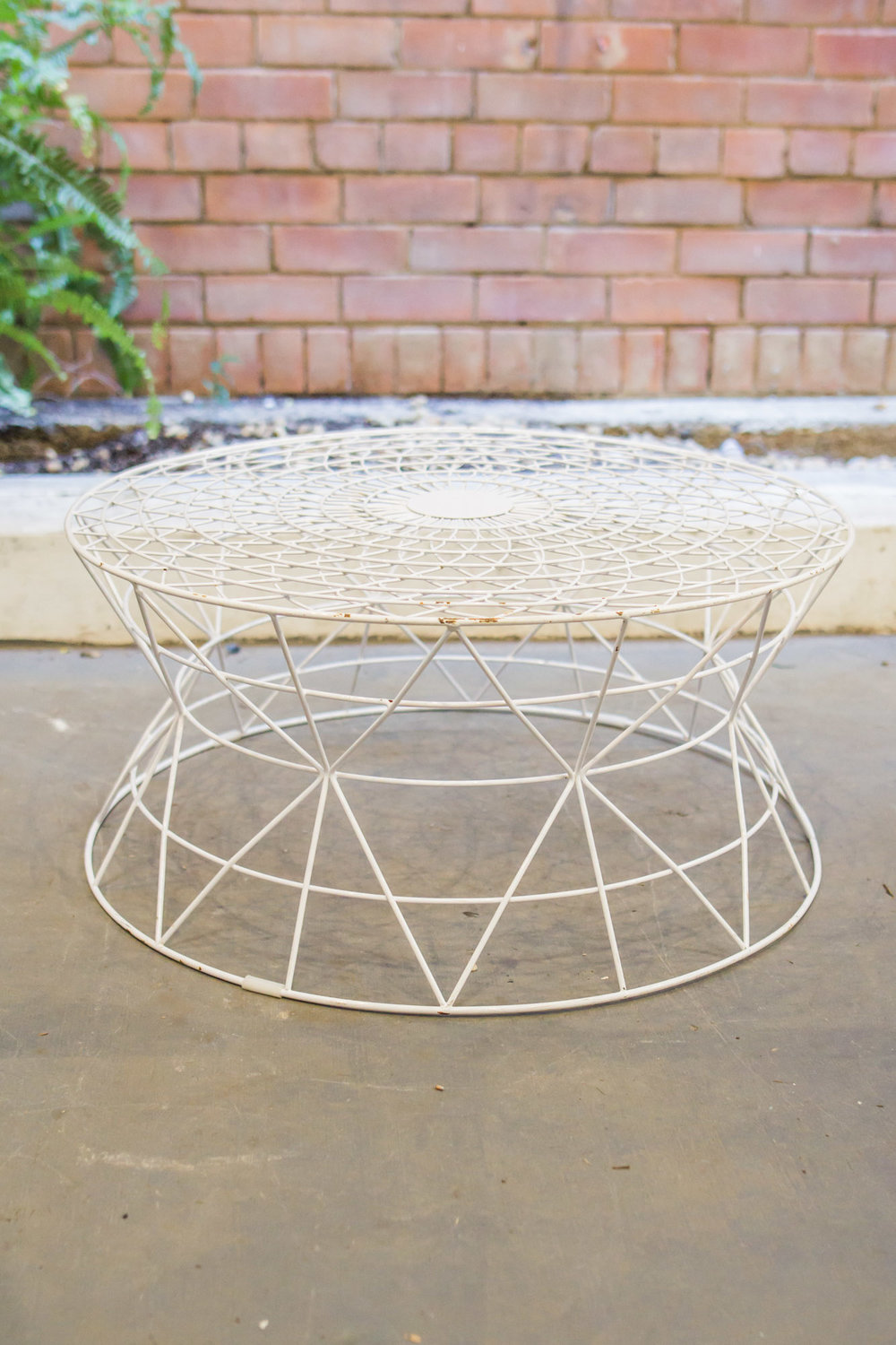 AVIDEAS-INVENTORY-TABLES-BARS-White+Wire+Coffee+Table.jpg