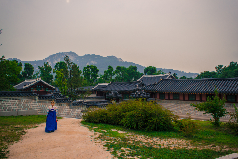 Gyeongbokgung Palace - Seoul Travel Guide - Let's Go Bravo