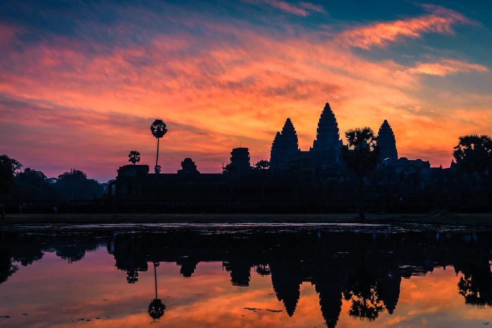 Sunrise Angkor Wat.jpg