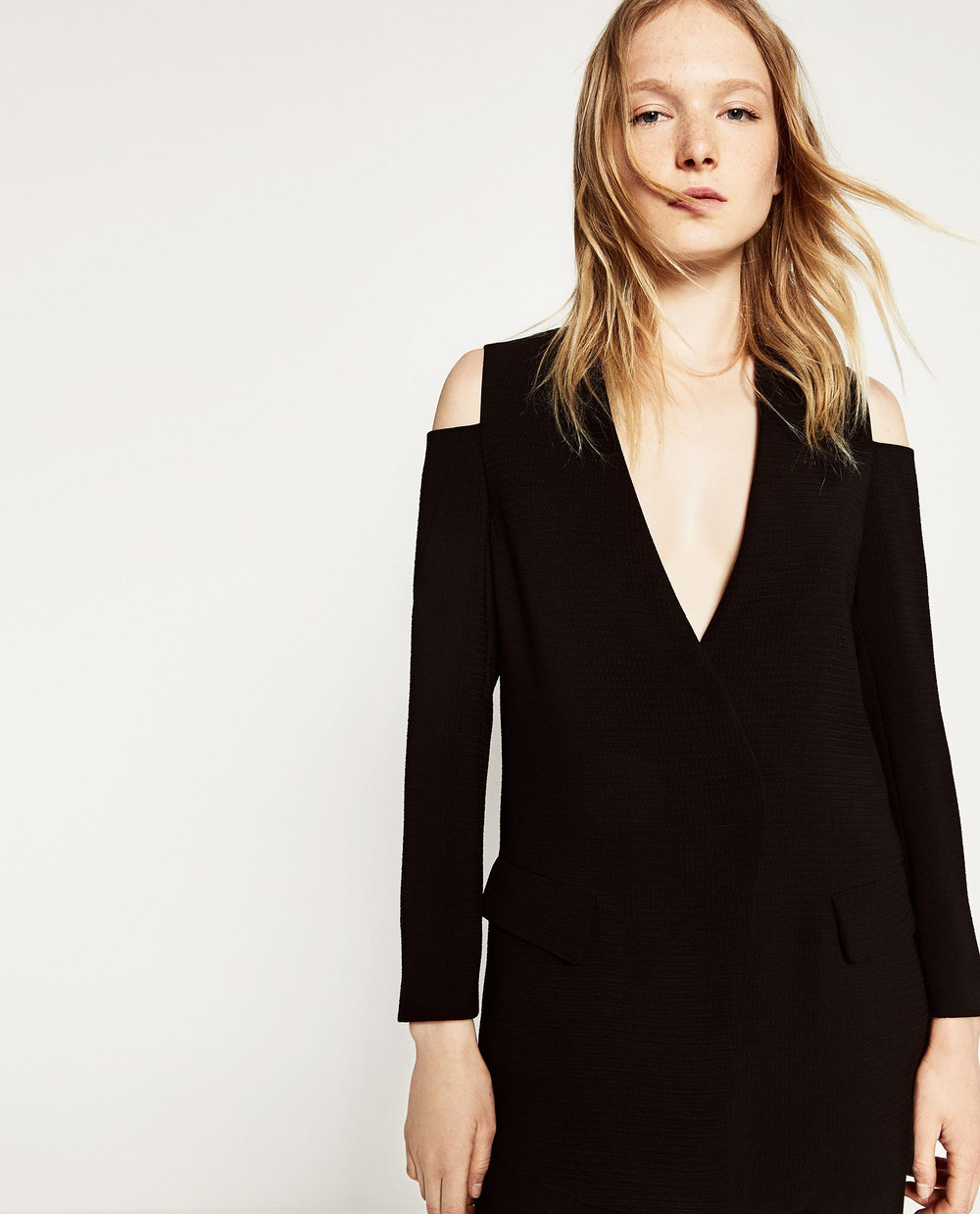 Zara cut out shoulder blazer