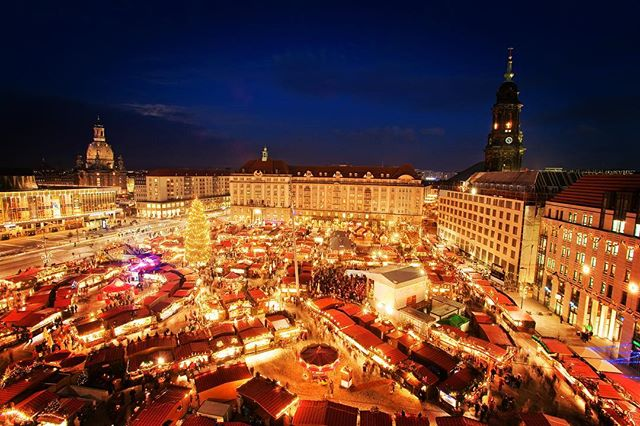🎄🎅🏻🤶🏻A few more days 😇🇩🇪🇨🇦🍪 Nürnberger (Nuremberger)Christkindlesmarkt 30.11-24.12.2018 Christkindlesmarkt is a Christmas market that is held annually in Nuremberg, Germany. It takes place during Advent in the Hauptmarkt, the central square in Nuremberg's old town, and in adjoining squares and streets. With about two million visitors a year the Nürnberger Christkindlesmarkt is one of the largest Christmas markets in Germany and one of the most famous in the world. Every year the Christmas market begins on the Friday preceding the first Sunday in Advent and ends on December 24, unless that day is a Sunday. Wikipedia . . . #germancanadianassociationofnovascotia #christkindlesmarkt #nürnberg #nuremberg #wheinachtsmarkt #novascotia #halifaxnoise #glühwein #picoftheday #photooftheday #fun #love #world #follow #canada #germany #deutschland #christmas #weihnachten #besttime #together #family #familie #halifax #unique