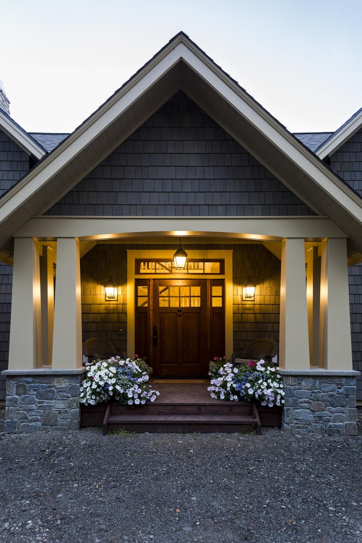 2018_10_25_AlaskanFarmhouse_exterior-10.jpg