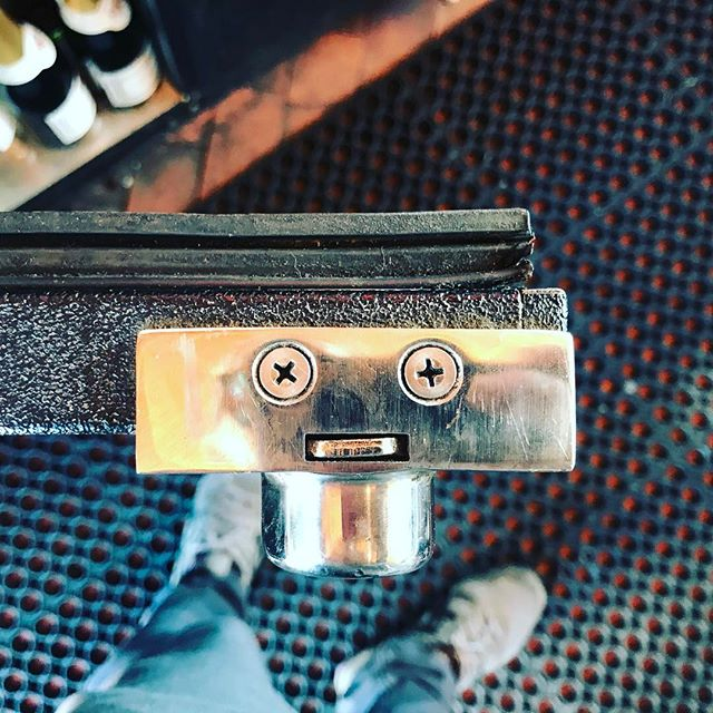Real Life. #pareidolia #faces #screw #coolerdoor #barlife @aceneworleans #philips #faces #crazyeyes #iseefaces