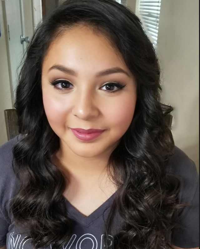 Did my lil baby nieces makeup and hair today for her confirmation. 😭😭 i dont have kids, and prob will never have kids. Bcuz these are my kids, all my lil nieces and nephews. Seeing each of them grow to young beautiful and smart ladies makes me cry and smile. My fam is amazing and our bond is like no other. #certifiedmakeupartist #professionalmakeupartist #crueltyfreemakeupartist #family #ilovemyfamily #teenagermakeuplook #softhair #falselashes #tialily #muavelip #blush #softbrows #cateye #softmakeup #highlight #flawlessskin #makeuplilyg #lilygmua