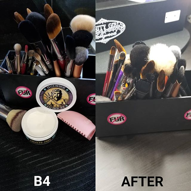 My brushes needed a much needed TLC after the work I've put them thru! And @thecrazymerman always does the job. #crueltyfreeproducts #crazymermansoap #crazymermanbrushsoap #cleanartist #sanitize #cleanse #cleanmakeupbrushes #bestbrushsoap #busyartist #blessed #crueltyfreemakeupartist #certifiedmakeupartist #professionalmakeupartist #makeupbrushes #cozzettebrushes #realtechniques #bdellium #syntheticbrushes 🖌🖌🖌🖌