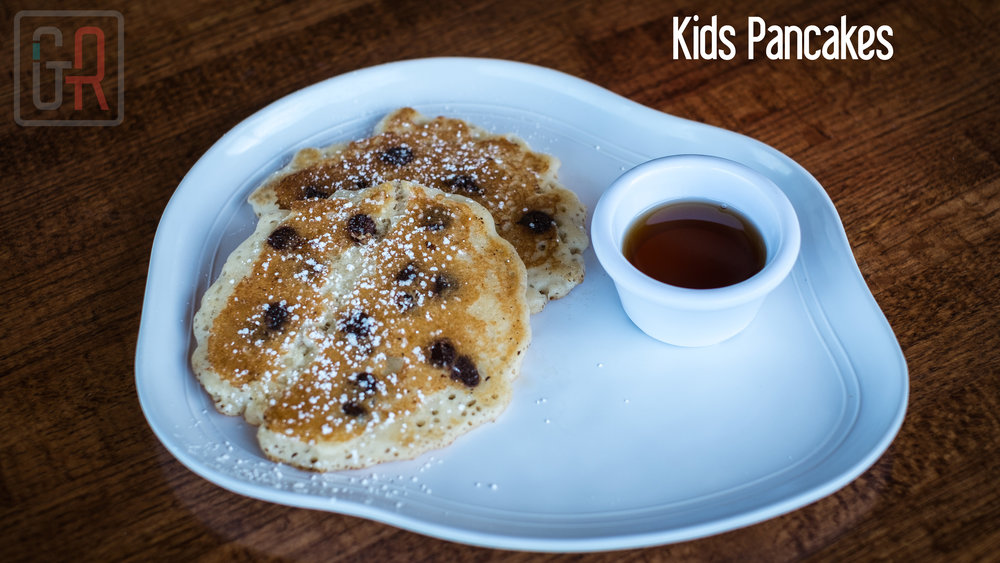 Kids-Pancakes-with-Chocolate-Chips---Titled.jpg