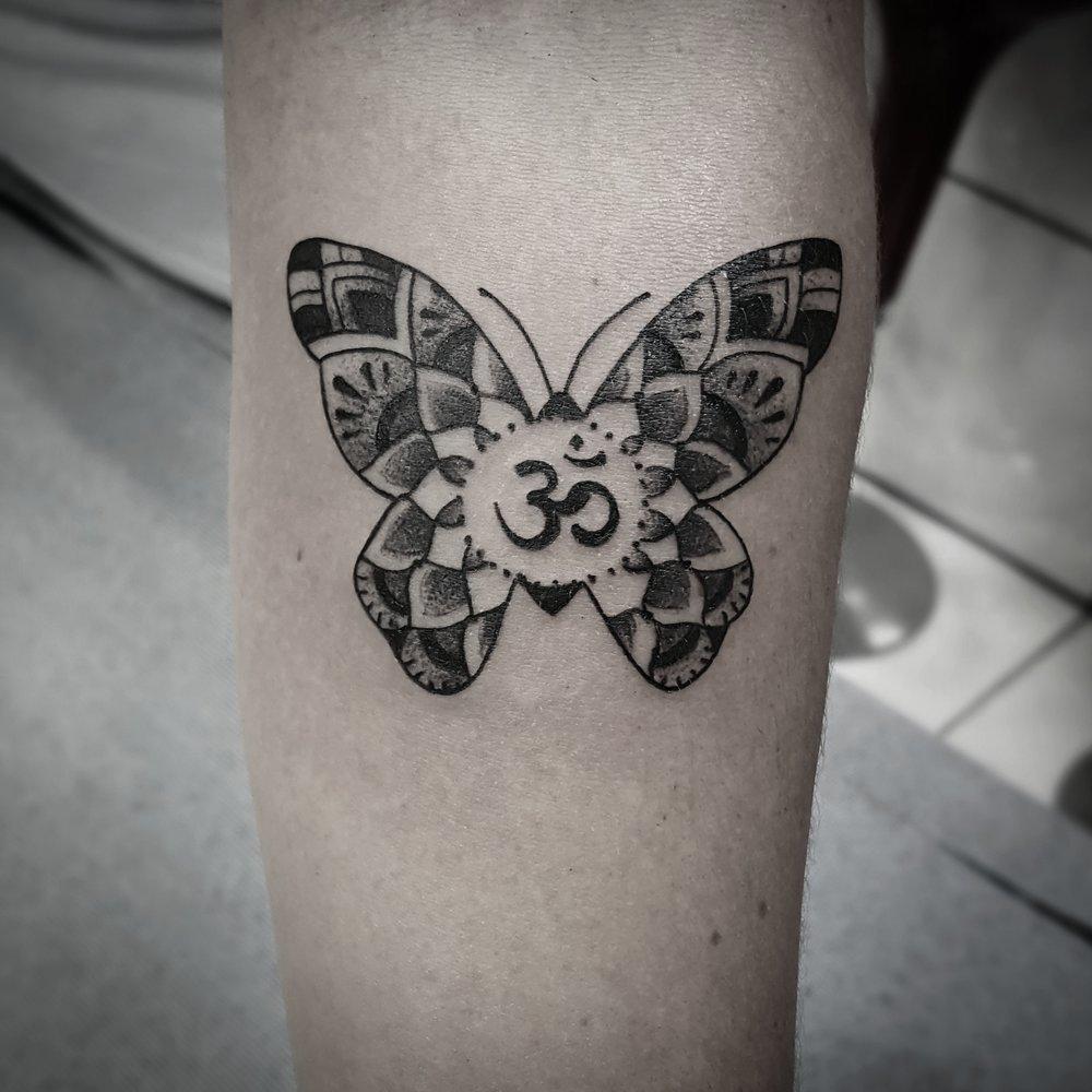 om butterfly