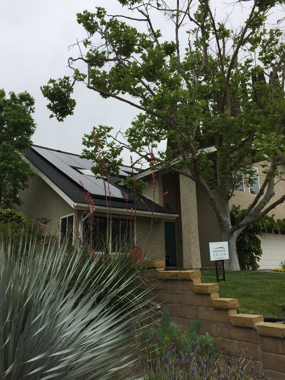 LAGUNA HILLS, CA - 19 high efficiency PV modules total to 6.84 kWDC located in Laguna Hills.  This system was commissioned in 2018 and is expected to save the Homeowner over $150,000 in electricity bills over the next 25 years.