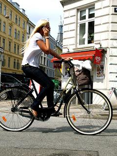 BikeGirl11.jpg