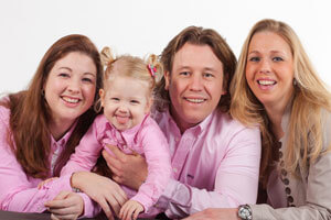 familieshoot-Kledingtips voor een fotoshoot-studio-roze
