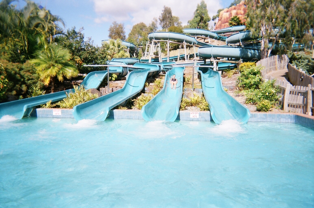 Wet'n'Wild_Water_World_Australia_White_Water_Mountain.jpg