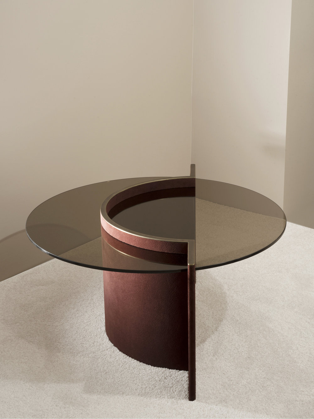 Robert Sukrachand | Table