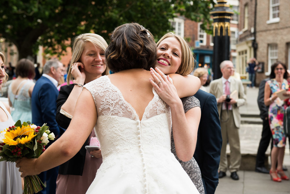 Relaxed, reportage wedding photography. © Jessica Grace Photography