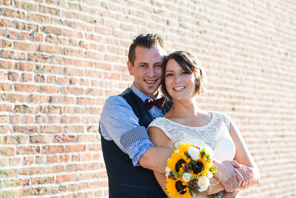 Natural wedding photography bathed in afternoon light, Jessica Grace Photography