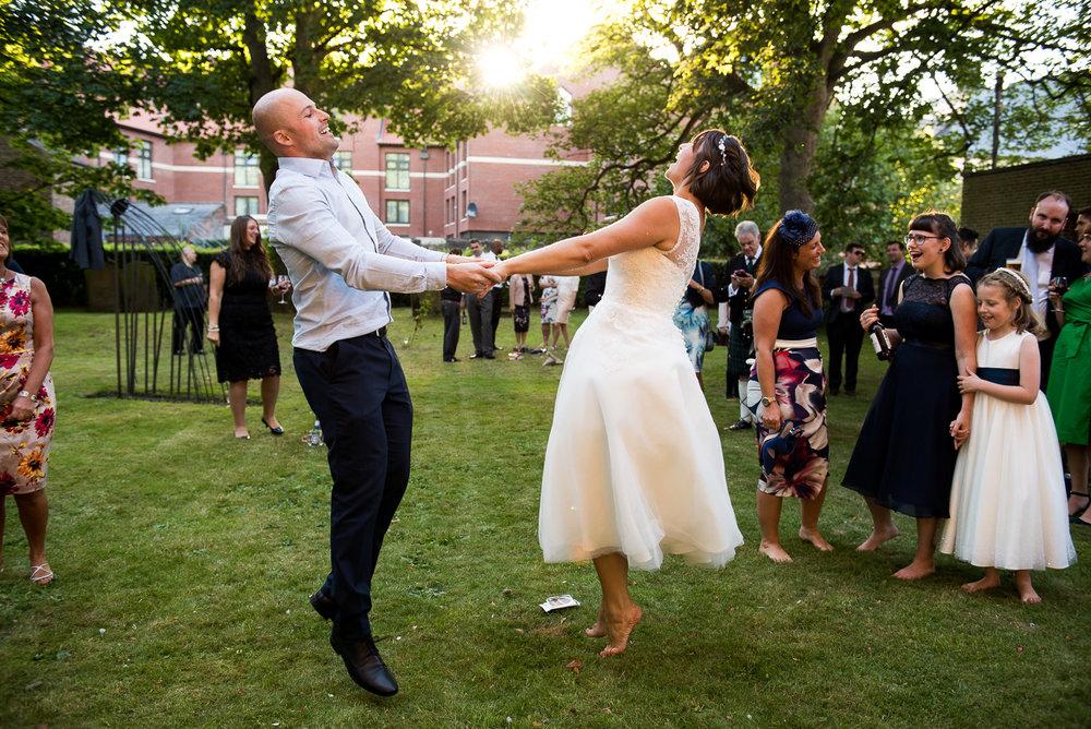 Gorgeous summer garden dancing at York wedding. © Jessica Grace Photography