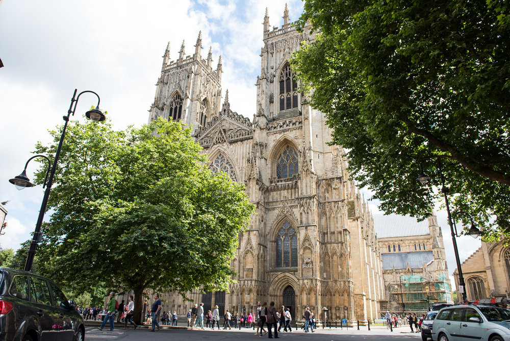 Natural wedding photography, York Minster