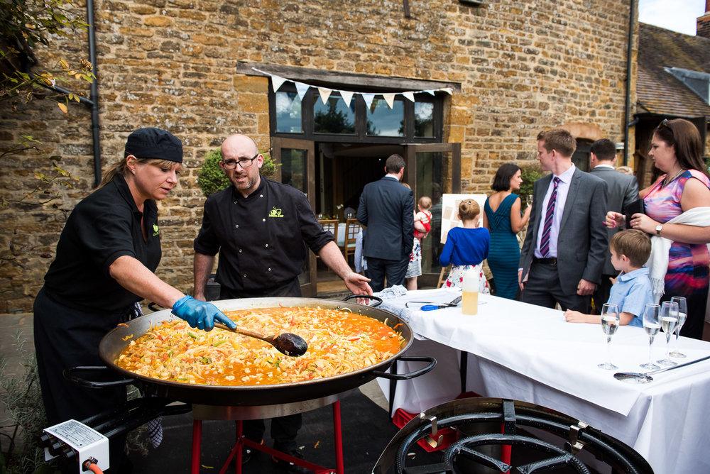 Outdoor paella wedding breakfast © Jessica Grace Photography.jpg
