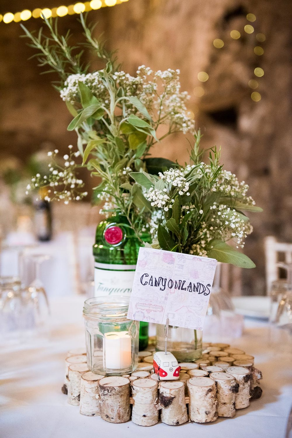 Boho style table decor for a September wedding © Jessica Grace Photography