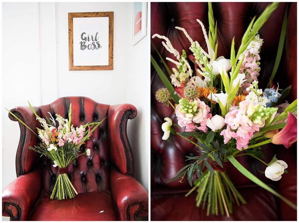 Wedding bouquet with Girl Boss poster © Jessica Grace Photography