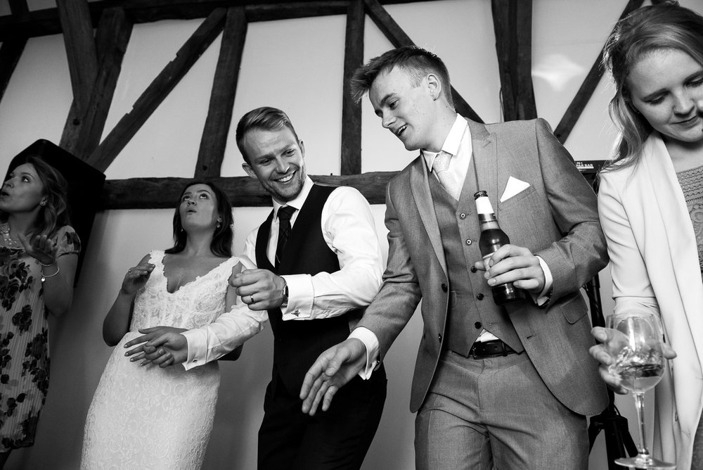 Bride and groom enjoying the live band at their wedding © Jessica Grace Photography