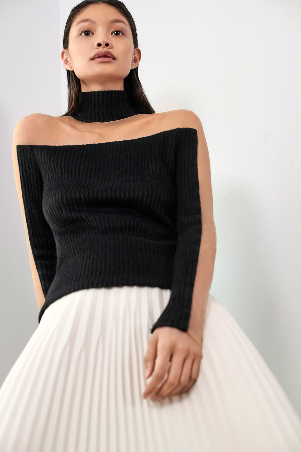 JULIANNA-BASS-PF19-07-The-Vicky-Top-&-The-Issi-Skirt.jpg