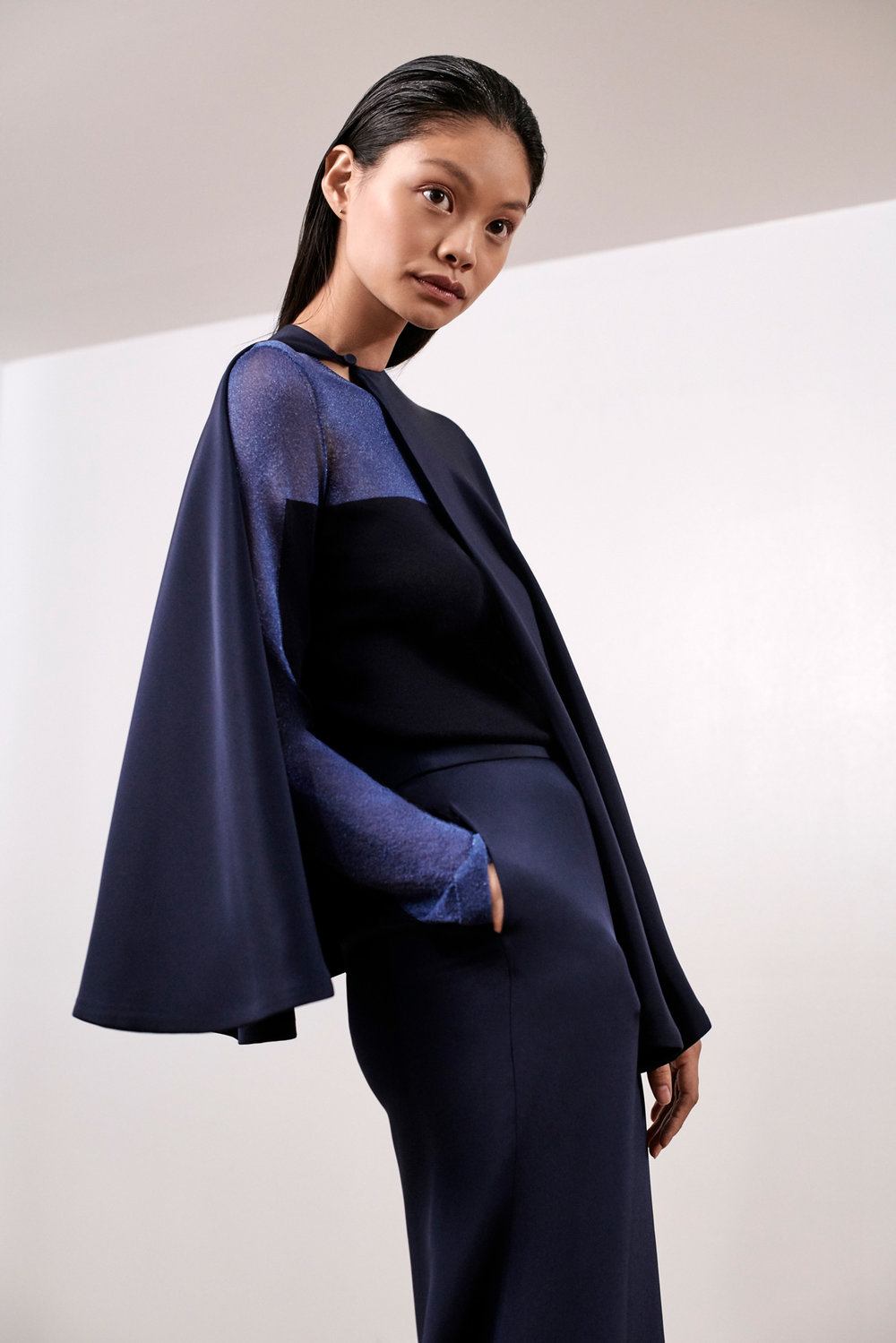 JULIANNA-BASS-PF19-12-ED-The-Belinda-Cape-&-The-Veronica-Sweater-&-The-Jacqui-Trouser-WEB.jpg