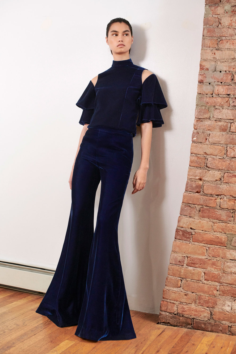 JULIANNA-BASS-PF19-13-The-Farrah-Top-&-The-Patty-Trouser-WEB.jpg