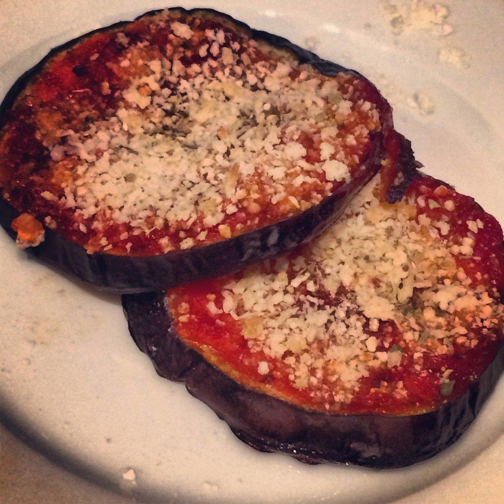 mini-eggplant-pizza-crisps.jpg
